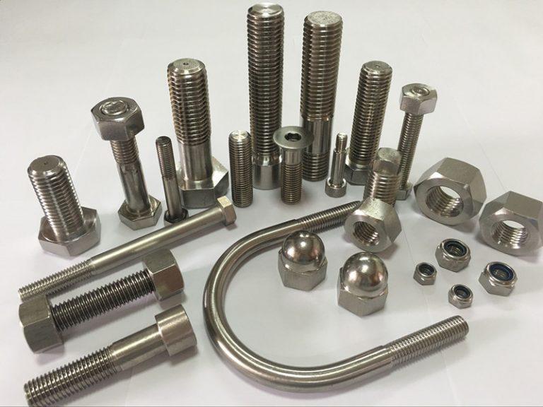upevňovací prvky z legované oceli od předního výrobce