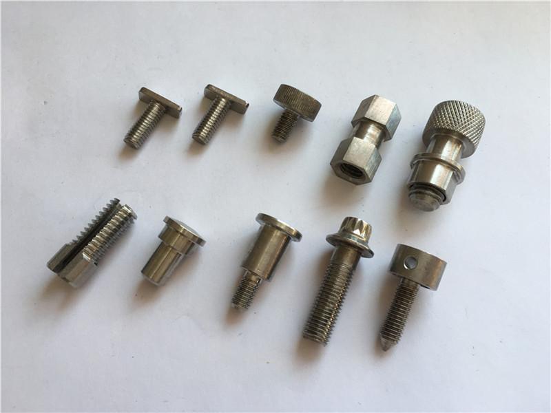 přizpůsobený vysoce přesný nestandardní šroub, cnc obráběcí šroub z nerezové oceli
